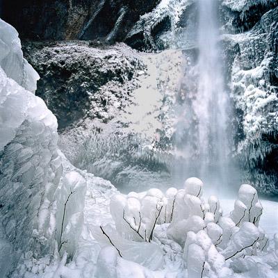 frozen-upper-multnomah-falls-columbia-river-gorge-or-8x8.jpg