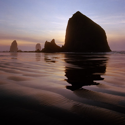 hay-stack-rock-cannon-beach-or-coast-8x8.jpg