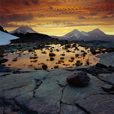 the-three-sisters-from-tam-mcarthur-rim-central-or-8x8.jpg